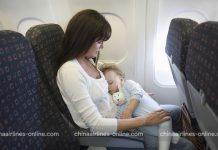 Trẻ sơ sinh bắt buộc phải có người lớn đi cùng trên chuyến bay