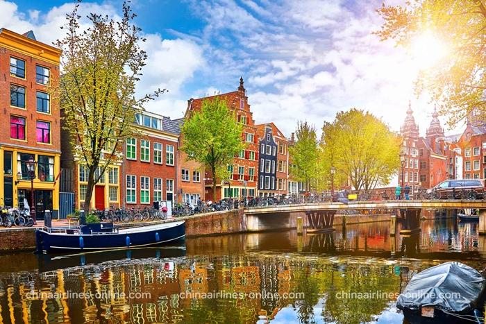 Những con kênh thơ mộng ở Amsterdam