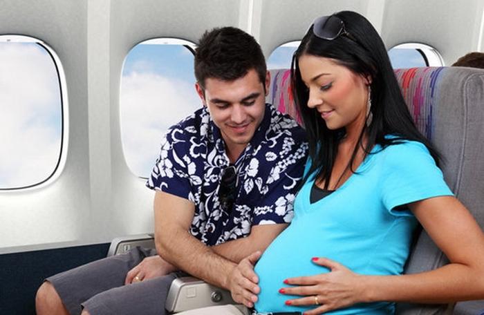 Phụ nữ mang thai đi máy bay China Airlines cần những giấy tờ gì?