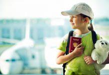 Trẻ em đi máy bay China Airlines cần giấy tờ gì?
